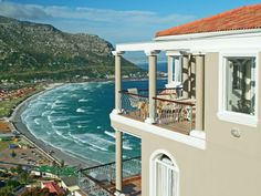 Self catering accommodation, Fish Hoek , Cape Town Enjoy perfect Summertime sea views from Neptune's Rest! Cape Town, Catering, Summertime, Rest, Memories, Mansions, Luxury, House Styles, Beach