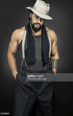 """The gun show"" starring Jason Momoa"