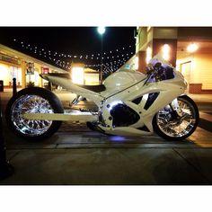 My custom gsxr 600 With Harley spoke wheels 300 fat tire Three Wheel Motorcycles, Cool Motorcycles, Custom Street Bikes, Custom Sport Bikes, Stunt Bike, Reverse Trike, Trike Motorcycle, Gsxr 600, Hot Bikes