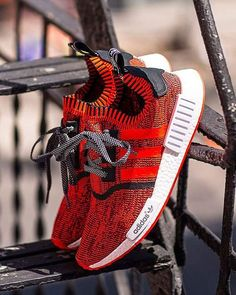 adidas Originals announces a new NYC flagship store with an exclusive adidas NMD Red Apple release on August through the adidas Confirmed App. Cheap Adidas Shoes, Adidas Shoes Women, Nike Shoes Outlet, Nike Women, Adidas Sneakers, Nmd Sneakers, Adidas Superstar, Adidas Nmd Red, Yeezy