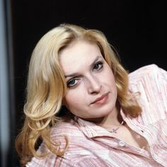 Polish, Icons, Actresses, Stars, Women, Fashion, Female Actresses, Moda, Vitreous Enamel