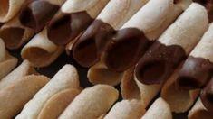 Po celý adventní čas bývá pořad Kuchařské čarování zaplněn nejrůznějšími tipy na vánoční cukroví. Kulinář Petr Stupka má několik osvědčených rodinných receptů..