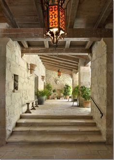 The front entrance of Villa di Lemma – restored by artisans in 2001 by the great John Saladino as his personal estate in Montecito, CA. Designed by Wallace Frost in the 1920s. Recently purchased by Ellen DeGeneres & Portia de Rossi. Image via Cote De Texas