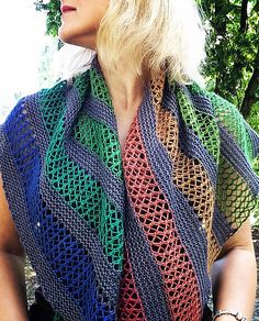 Free knitting pattern for Playground Shawl