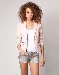 bershka-bayan-ceket  http://www.guzelege.com/bershka-bayan-ceket-modelleri