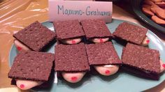 Mammo Grahams (from The Lucky Puppy Gallery)