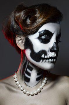 calabera pintada en la cara