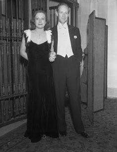 Leslie Howard and Joan Crawford at the Mayfair Ball held at the famed Biltmore Hotel in Los Angeles, Photo was reversed in the magazine. From Photoplay, January, 1933 Golden Age Of Hollywood, Classic Hollywood, Merle Oberon, Leslie Howard, Marion Davies, Marlene Dietrich, Joan Crawford, 1930s Fashion, January