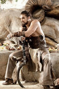 "Jason Momoa as Khal Drogo in ""Game of Thrones"" Jason Momoa Aquaman, Got Game Of Thrones, Game Of Thrones Funny, Valar Morghulis, Khal And Khaleesi, Daenerys Targaryen, Game Of Trone, Avatar, Game Of Throne Actors"