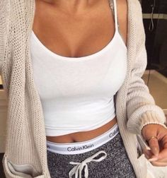 such a cute and comfy lounging outfit!