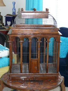 ANTIQUE VTG WOOD WOODEN WIRE 3' HUGE DOME BIRDCAGE BIRD CAGE TRAY REMOVABLE TOP