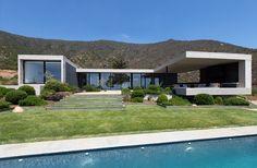 Concrete House-Estudio Valdes Arquitectos-01-1 Kindesign