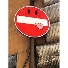 Bildergebnis für street art road signs roma