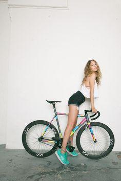 """8bar-bikes: """" 8bar bikes KRZBERG v5 x Sneaker Calendar http://8bar-bikes.com/ https://www.facebook.com/8barBIKES """""""