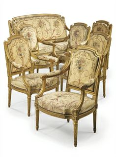 A SUITE OF FRENCH GILTWOOD AND AUBUSSON TAPESTRY SEAT-FURNITURE  THE TAPESTRY LOUIS XVI, LATE 18TH CENTURY, THE FRAMES 19TH CENTURY