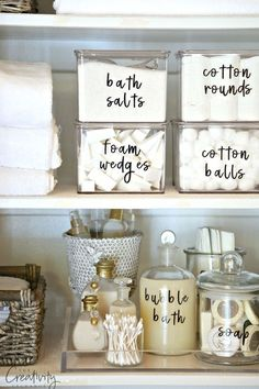 Free DIY printable organizing labels that you can type in and edit your own text…perfect for home organization in the bedroom, bathroom, or kitchen.