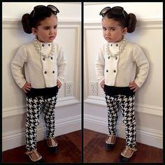 Her style is timeless! #AudreyHepburn Featuring: @janieandjack, @tomford, @valentino #houndstooth #kidsfashion #fashionkids