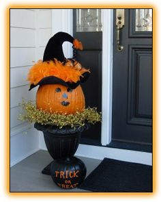 Front Porch Decorating Ideas | Halloween Decor Ideas