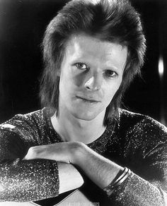 he looks so small and innocent #DavidBowie #Bowie #ZiggyStardust