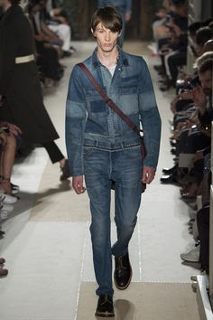 Valentino Spring 2017 Menswear Collection Photos - Vogue