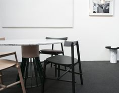 Mewoma table by Jonah Tagaki , Ronin chair by Frederik Werner & Emil Lagoni Valbak for La Chance - photo by Joséphine Aury - www. Raw Wood, Chair, Table, Design, Inspiration, Furniture, Home Decor, House, Biblical Inspiration
