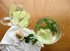 Recipes and ideas for making your own flavored water for the hot summer months. Featuring mint/elderberry flower water, ginger mint water, and cucumber water. A no-calorie delight for the tastebuds! Flavored Water Recipes, Alcohol Recipes, Flavored Waters, Elderflower Ideas, Healthy Sweets, Healthy Recipes, Healthy Food, Soda Alternatives, Low Calorie Drinks