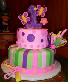 1st-baby-girl-birthday-cakes.jpg (498×600)