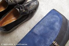 Winter blue @ www.matieresareflexion.com  #annethomas #derbies #matieresareflexion #pochette #pouch #purse #vintage #leather