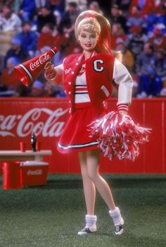 Looking for the Coca-Cola Barbie Doll - Cheerleader? Immerse yourself in Barbie history by visiting the official Barbie Signature Gallery today! Barbie And Ken, Barbie I, Barbie Clothes, Barbie 2000, Barbie Room, Barbie Gowns, Barbie Style, Barbie House, Cheerleader Skirt