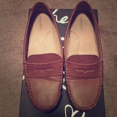Never Been Worn Brown Loafers Never Been Worn Merona Brown Loafers Merona Shoes Flats & Loafers