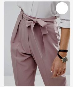 Rose paperbag trousers, white blouse and leather watch strap