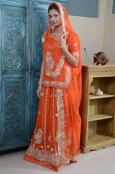 Rajputi Poshaak Royal Dresses, Indian Dresses, Nice Dresses, Choli Designs, Blouse Designs, Rajasthani Dress, Indian Wedding Bride, Rajputi Dress, Royal Beauty
