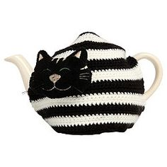 ❥Crochet Tea Cosies, Mug Hug Snugs and Cuppa Cosies. Colin the Cat Tea Cosy Cosy Cafe, Teapot Cover, Knitted Tea Cosies, Tesco Direct, Mug Cozy, Cat Quilt, Crochet Food, Cat Mug, My Tea