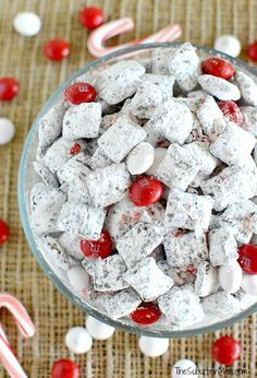 Easy Chocolate Peppermint Muddy Buddies (also called Puppy Chow, Chex Mix) recipe using dark chocolate and white chocolate peppermint M&Ms and candy canes! Holiday Snacks, Christmas Snacks, Christmas Cooking, Holiday Recipes, Christmas Recipes, Xmas Food, Christmas Appetizers, Christmas Candy, Holiday Parties