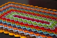 Pattern for square and oblong wool-eater blanket or rug. Would make a lovely bedside rug.