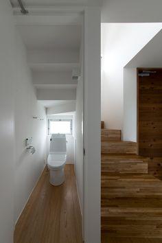 トイレ・階段