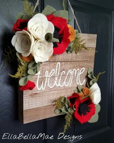 10 Unique, Creative Outdoor Fall Door Wreaths : A collection of creative, whimsical, totally different outdoor fall door wreaths to jump start your own DIY creativity this autumn season. Felt Flowers, Fabric Flowers, Paper Flowers, Diy Flowers, Felt Flower Wreaths, Felt Wreath, Seasonal Flowers, Wood Crafts, Diy And Crafts