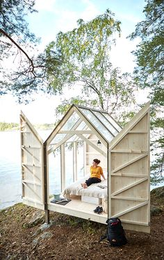 Cozy Cabins and Tiny Homes That are the Perfect Escape for Your Next Friendcation - Page 5 of 20 Tiny House Cabin, My House, Cabana, Outdoor Spaces, Outdoor Living, Backyard House, Cozy Cabin, Cabins In The Woods, The Ranch