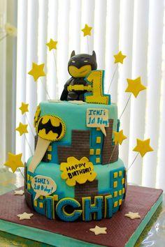 Chibi Batman birthday cake