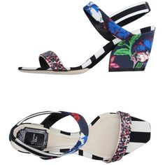 Dior Sandals (36.655 RUB) ❤ liked on Polyvore featuring shoes, sandals, dark blue, round toe shoes, floral print sandals, floral sandals, round cap and leather sole sandals