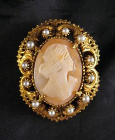Vintage Florenza Carved Shell Cameo Brooch by GrapenutGlitzJewelry, #vintagejewelry