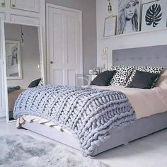 Awesome Deco Chambre Rose Et Gris Adulte that you must know, You?re in good company if you?re looking for Deco Chambre Rose Et Gris Adulte Gray Bedroom, Teen Bedroom, Home Decor Bedroom, Modern Bedroom, Modern Beds, Bedroom Furniture, Winter Bedroom Decor, Minimalist Bedroom, Big Mirror In Bedroom