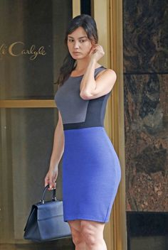 Beautiful White Dresses, Beautiful Asian Women, Beautiful Celebrities, Tight Dresses, Girls Dresses, Dresses For Work, Outfit Elegantes, Bond Girls, Beauty Women