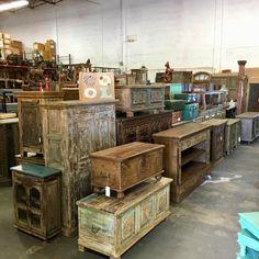 Furniture Store in Miami: Unique furniture & finds! Rustic Outdoor Furniture, Unique Furniture, Shabby Chic Furniture, Vintage Furniture, Furniture Decor, Painted Furniture, Furniture Dolly, Rustic Design, Diy Home Decor