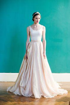 Carol Hannah wedding dress Kensington  Ball gown Linen street size UK 10 id358