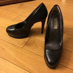 Vera Wang Platform Heels EUC. Barely worn. Leather pulling apart on left. See pic. Priced accordingly. I just can't wear heels anymore :( Simply Vera Vera Wang Shoes Heels
