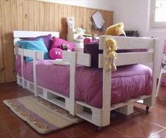 DIY Pallet Project Ideas: Repurposing & Upcycling Wooden Shipping Pallets