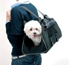 Petego jet set pet carrier! For carrying small dogs around or traveling on an airplane!