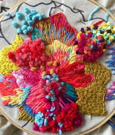 coquina - embroidery is such a beautiful art form.