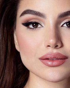 Discover these natural eye makeup Pic# 6982 make up highlighter Wedding Makeup Tips, Natural Wedding Makeup, Natural Eye Makeup, Natural Eyes, Bridal Makeup, Natural Beauty, Makeup Trends, Makeup Inspo, Makeup Inspiration
